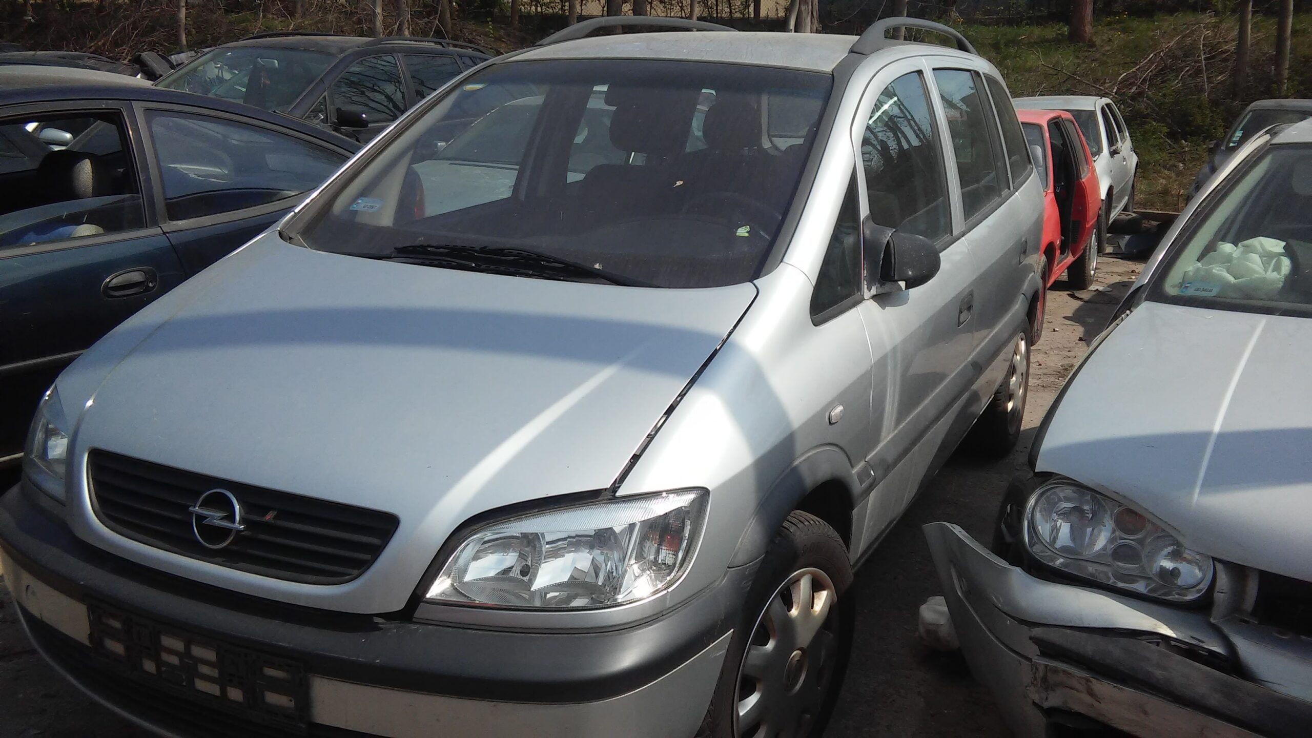 Opel Zafira A srebrny
