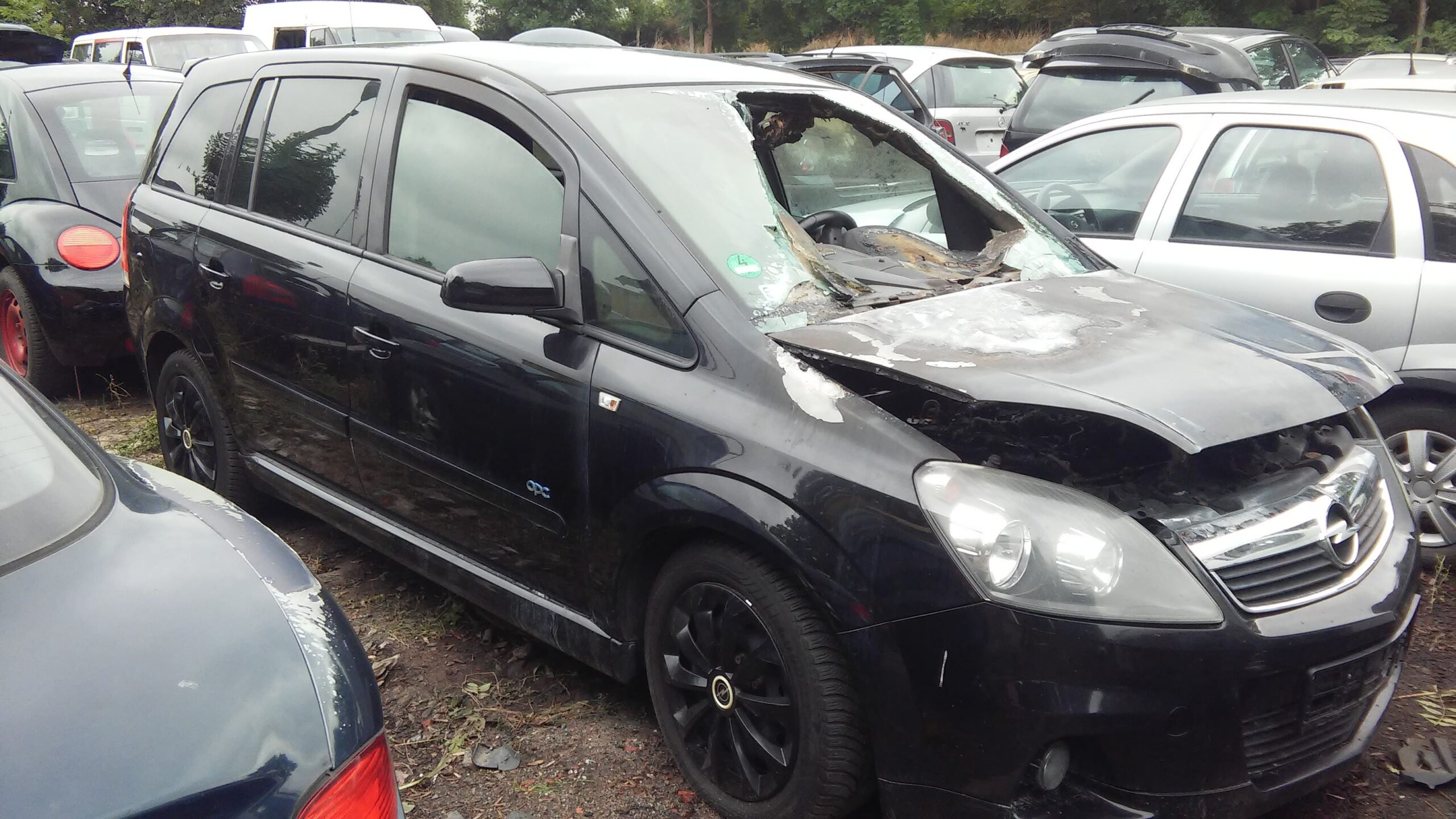 Opel Zafira B czarny